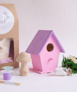 Create a hotel to offer your smallest visitors to the garden somewhere to lay their head for the night. Perfect childrens craft kit for those who love nature.